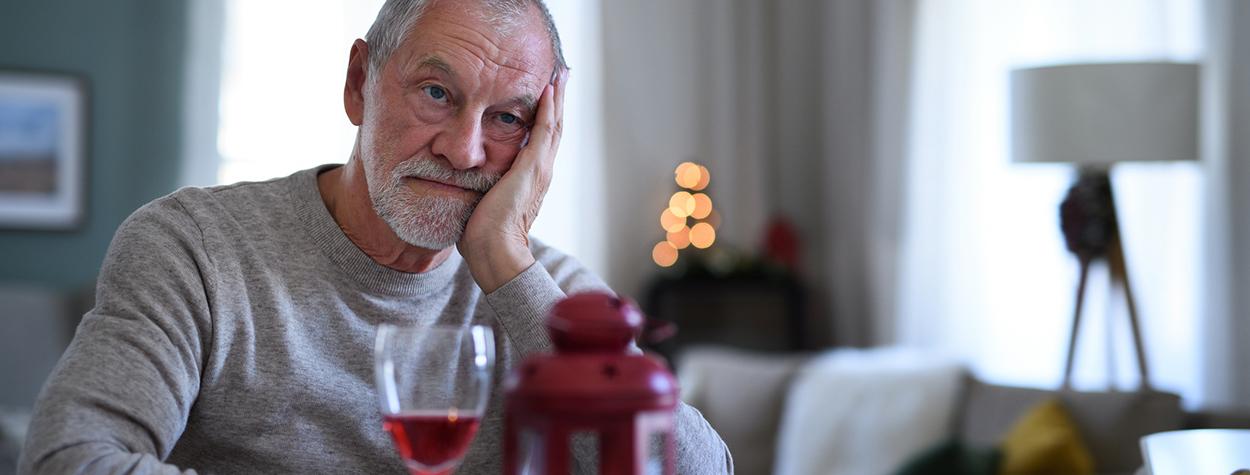 Hvordan hjælper jeg min far i alkoholbehandling?